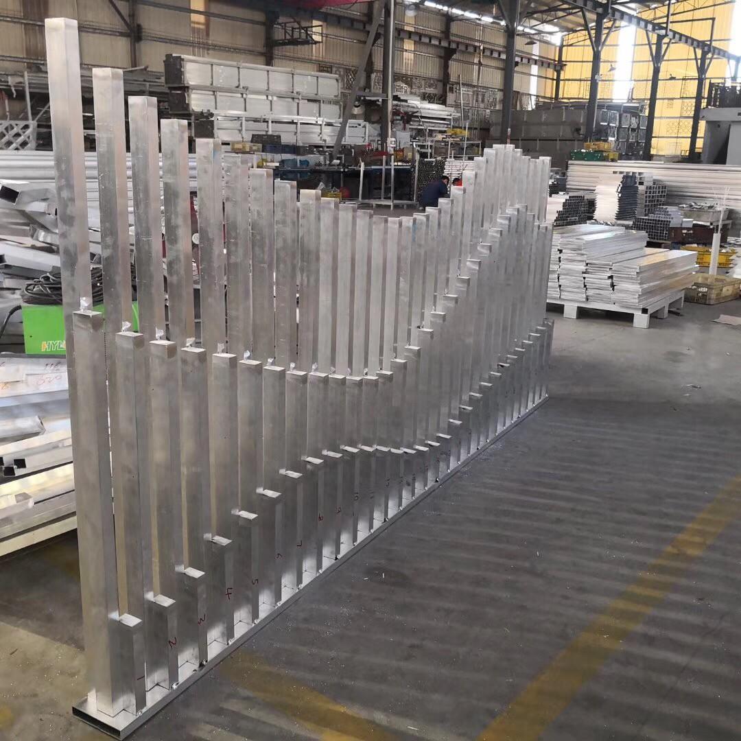 工程专用仿木纹铝窗花 铝窗花价格 仿木铝窗花厂家示例图8