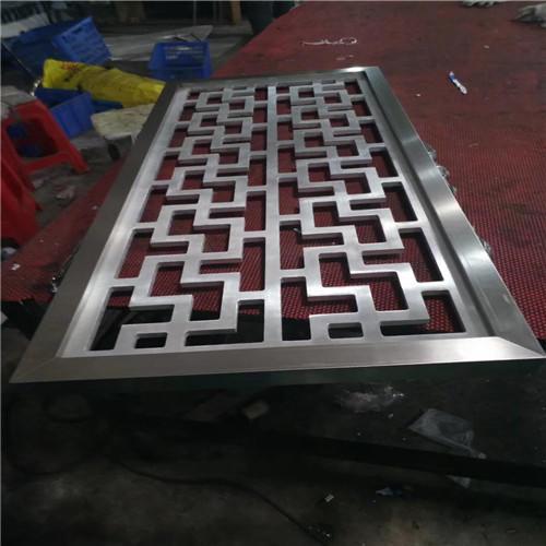 工程专用仿木纹铝窗花 铝窗花价格 仿木铝窗花厂家示例图7