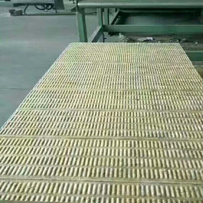 供���r棉保�匕澹�外��r棉板�r格示例�D11