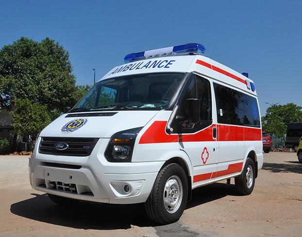选好用的救护车就到沈阳桂宇汽车销售公司_锦州长轴高顶监护型救护车图片