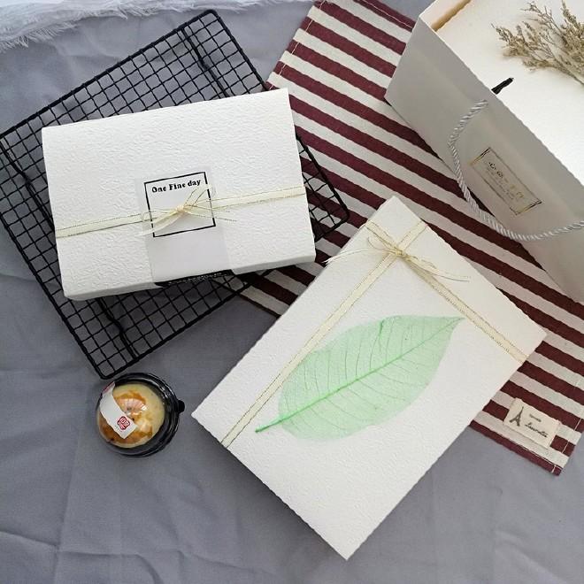 纯白色高档牛轧糖雪花酥包装盒礼盒雪媚娘蛋黄酥包装盒抽屉式现货图片