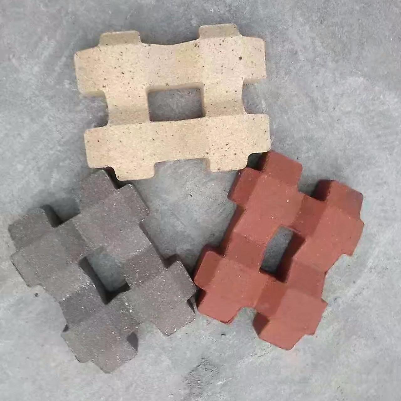 山東巨峰草坪磚,燒結草坪磚,彩色草坪磚,陶土草坪磚,多孔草坪磚圖片