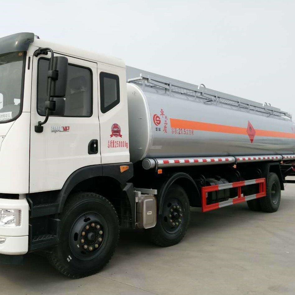 東風三軸21.5方運油車,三軸前四后四油罐車,20噸油罐車