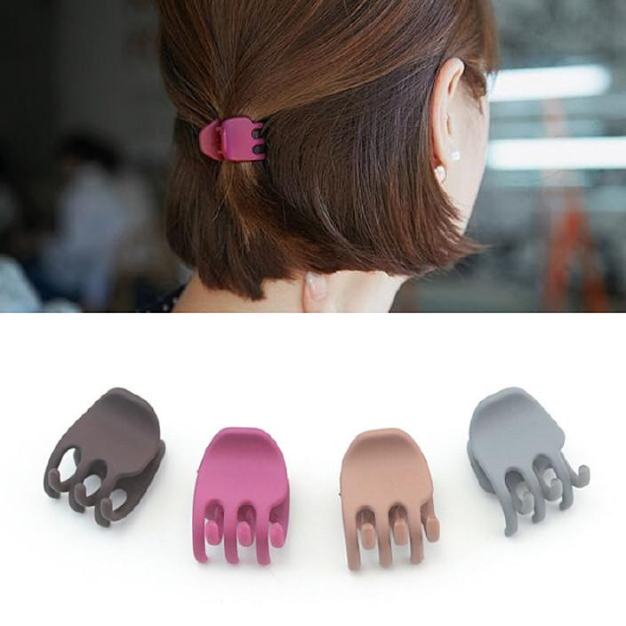 2017新款工具头套装器图片丸子盘发扎头发自黑色薄齐刘海盘发图片