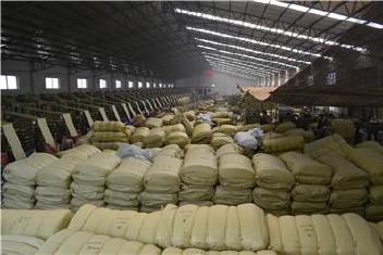 发上海编织袋批发普黄色65*110蛇皮袋打包袋子中厚装粮食包装袋示例图30