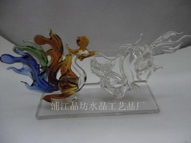 厂家批发十二生肖工艺品 水晶马摆件 生肖马礼品 时尚办公室 装饰图片