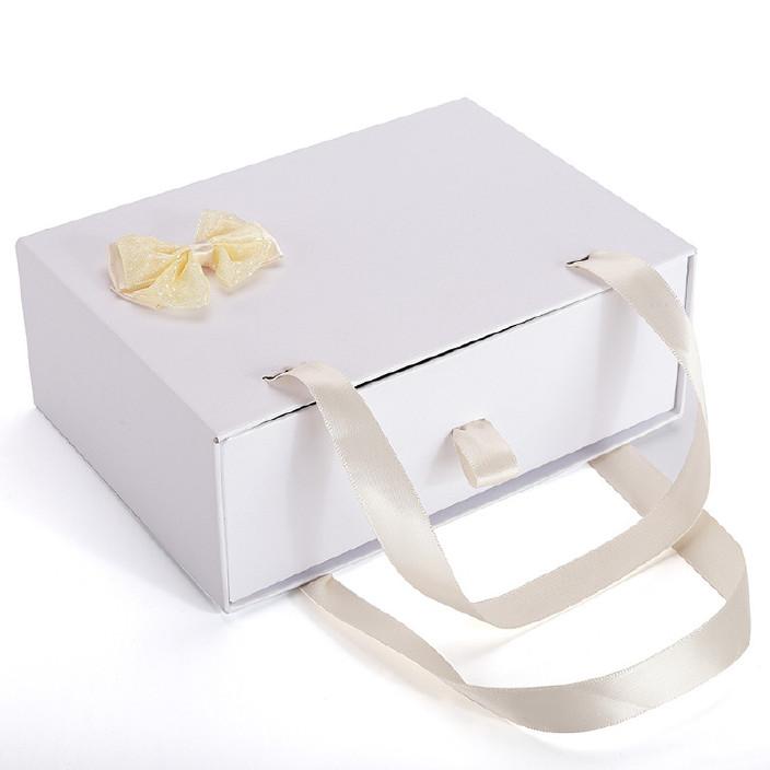现货白色小号蝴蝶结抽拉盒手提式礼品盒纸盒包装结婚喜庆盒子厂家图片