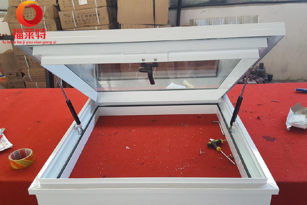 老虎窗 斜屋顶阁楼天窗 天窗 铝合金天窗 上悬窗 天窗 专业定制图片