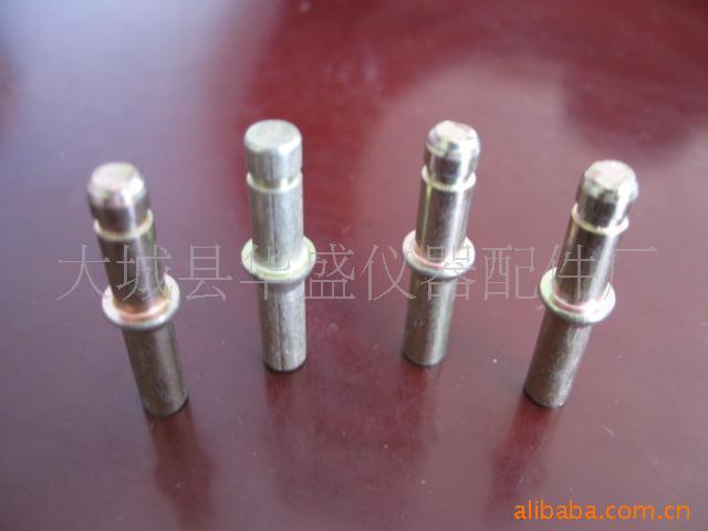 提供細軸加工,精密軸類加工,四軸加工中心,五軸加工軸心