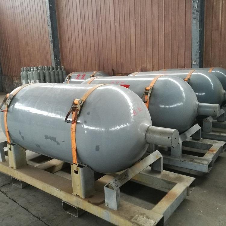 氯化氫鋼瓶供應/氯化氫鋼瓶廠家直銷