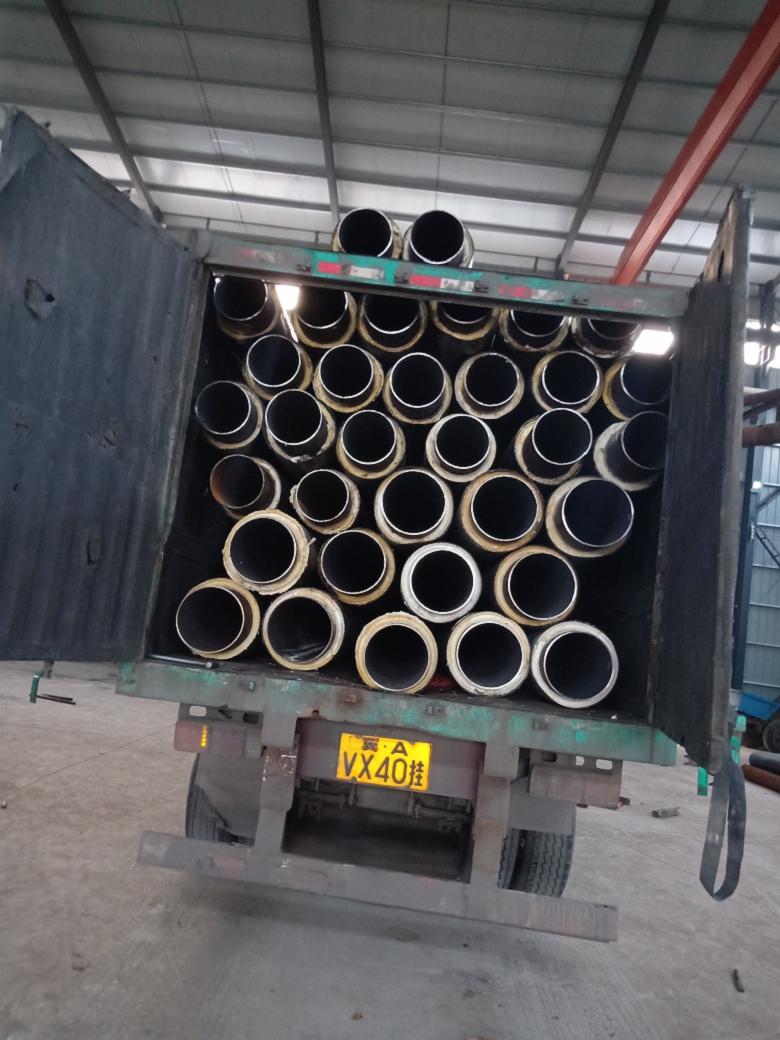 销售保定市聚氨酯泡沫塑料预制直埋保温管道厂家,保定市聚氨酯直埋式采暖热水保温管道直径219mm示例图5