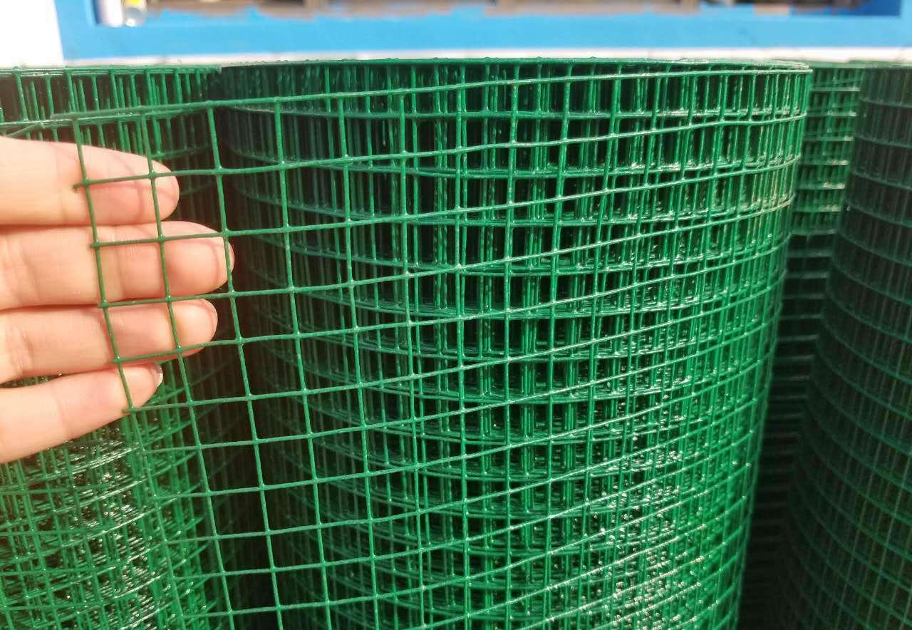 鐵絲網,養雞鐵絲網,鐵絲網圍欄,帶刺鐵絲網圍欄,過濾鐵絲網