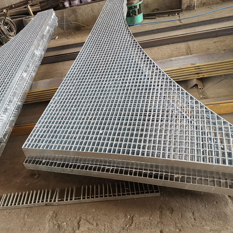 Q235碳鋼 扇形鋼格板 異形鋼格板 鍋爐格柵板 脫硫塔平臺板G305/30/50 廣東豐旭澤鋼格板按需定制