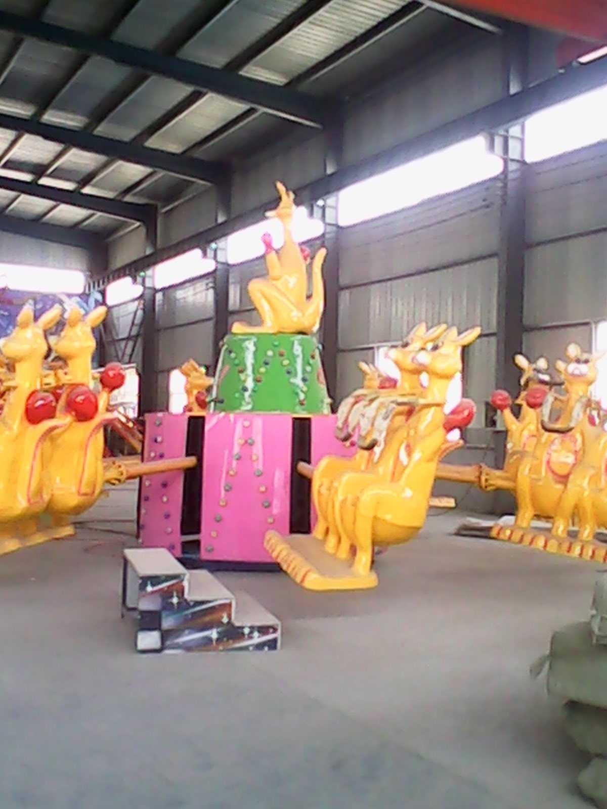 大洋现货供应公园户外游乐儿童欢乐袋鼠 疯狂弹跳8臂欢乐袋鼠项目示例图6
