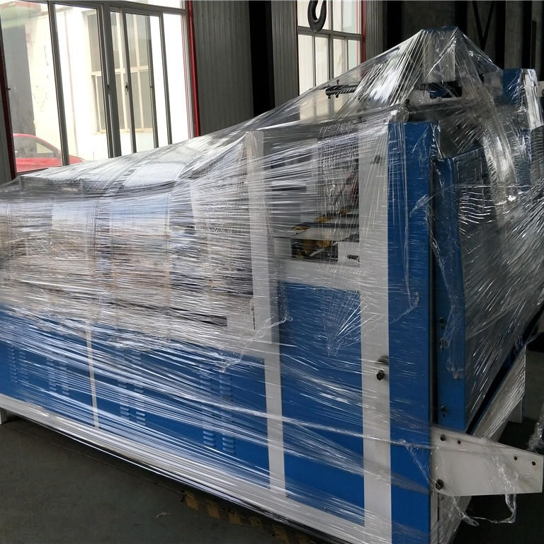 鑫亿东光设备半自动粘箱机  半自动糊盒机  粘箱机直销厂家  最优价格