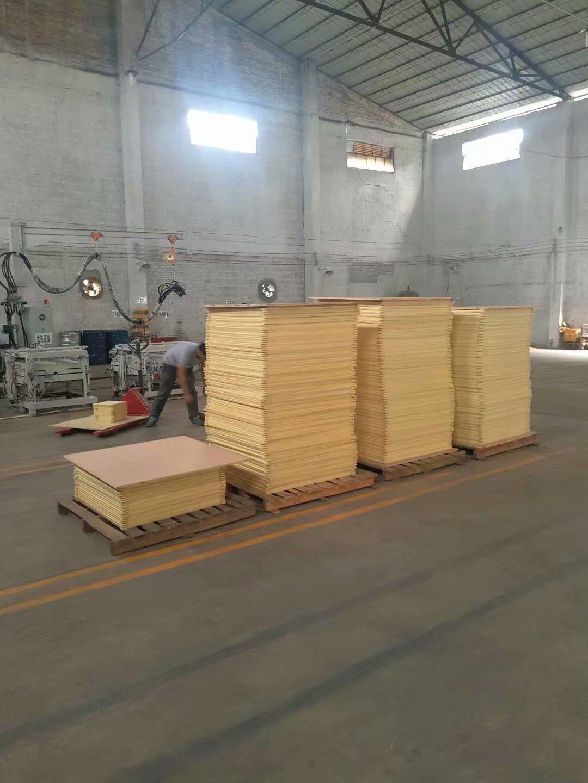 电热瓷砖电热地暖发热地砖电热地板砖电热地板聚氨酯高压发泡机示例图1