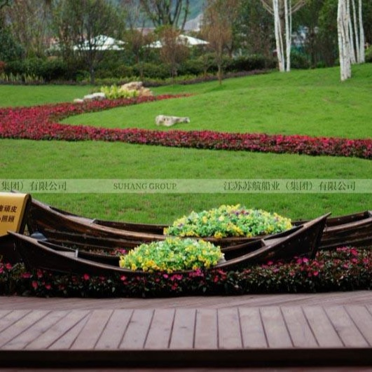 景区景观装饰船 仿古两头尖木船 公园花船装饰木船