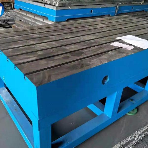 全新二手鑄鐵焊接平臺 鉚焊平臺 裝配平板 專業生產銷售廠家泊頭亮健機械