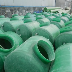 廠家直銷 臥式玻璃鋼儲罐 玻璃鋼鹽酸儲罐 耐酸堿罐污水貯罐 玻璃鋼化糞池