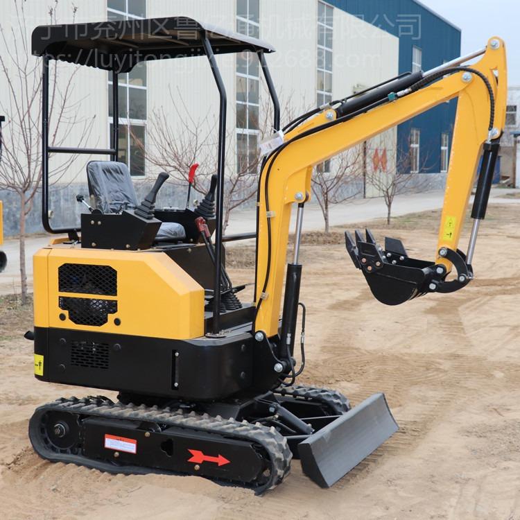 南昌直供17型迷你小挖機 果園農用小型挖掘機 履帶式小型挖掘機 小型挖掘機型號價格