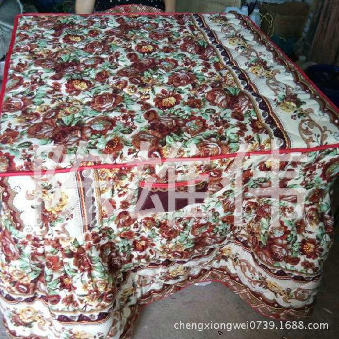 大量供应印花加棉桌布 花纹加棉桌布 家用加棉桌布 价格优惠示例图6