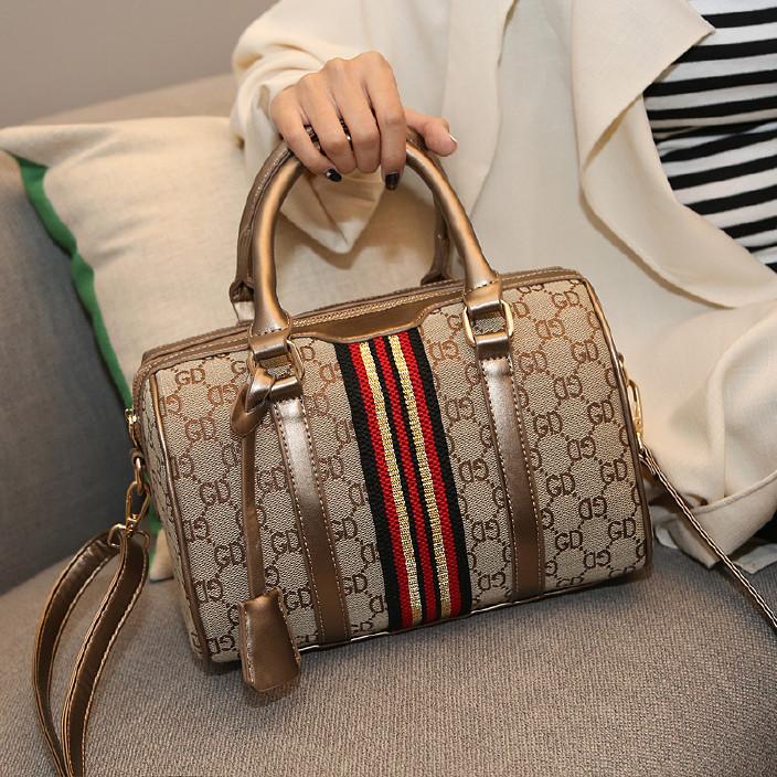 高貴經典波士頓包歐美大牌女士手提包單肩斜跨包輕奢品印花枕頭包圖片