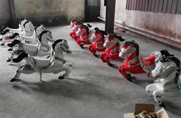 跑马火车,骑士小队,骑马无轨小火车,起伏马火车骑仕火车新款儿童游乐设备到郑州大洋游乐设备厂家直销骑士小队小火车生产厂家示例图9