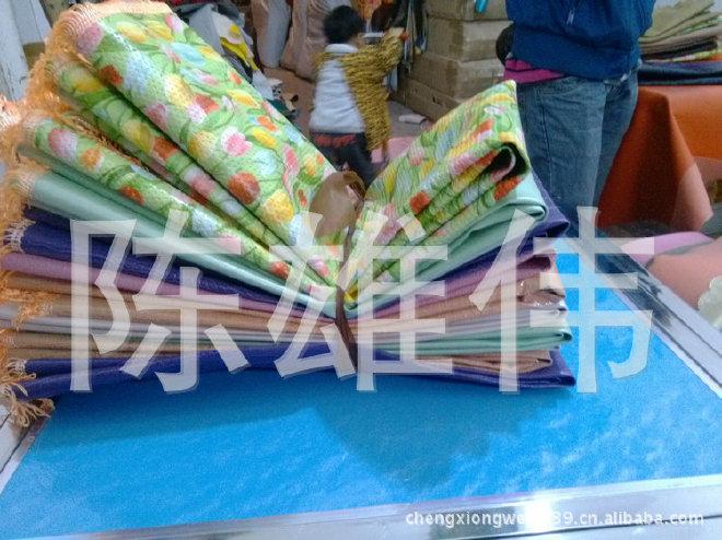 厂家直销印花皮革桌布 餐桌皮革桌布 加厚皮革桌布示例图4