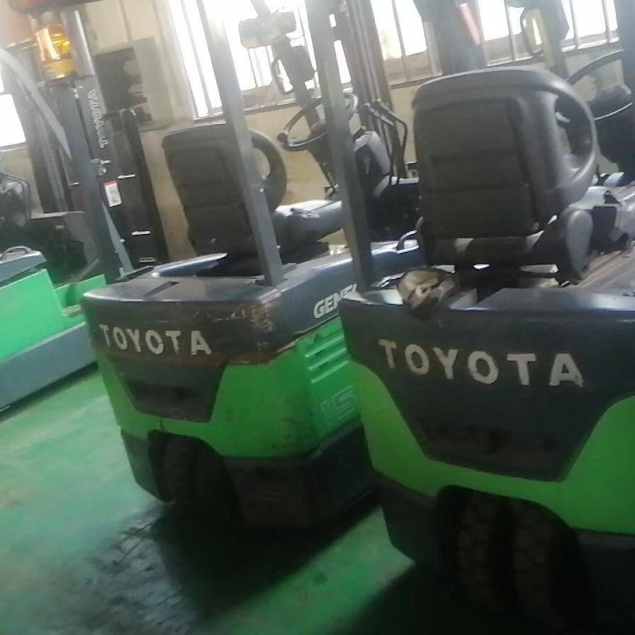 上海二手叉車電瓶叉車二手小松1.5噸電動叉車二手合力柴油叉車