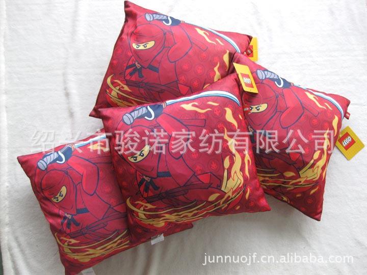 绍兴市骏诺家纺厂家供应订做色丁布靠垫,卡通抱枕示例图3