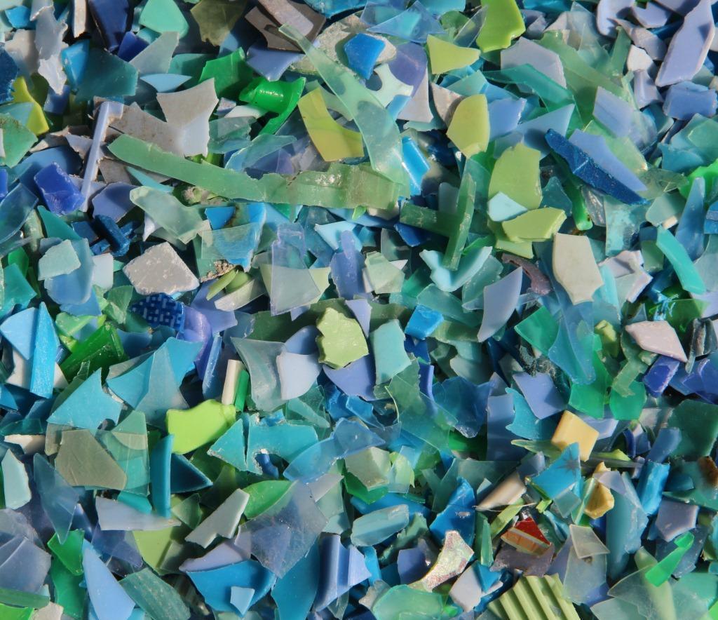 供應:藍色PP破碎料(純浮水),藍聚丙,破碎料,碎料,綠丙