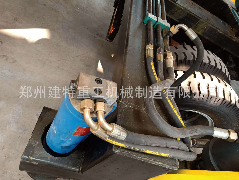 天水厂家直销一拖二混凝土喷浆车 自动上料喷浆车 喷浆设备示例图15