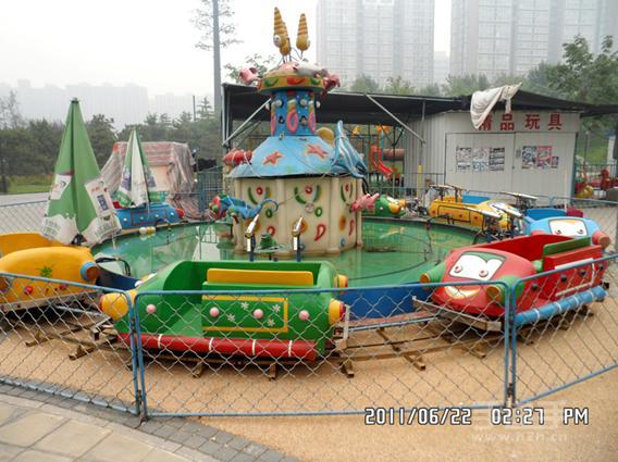 郑州大洋专业生产逍遥水母游乐设备 公园精品游乐8臂旋转逍遥水母示例图13