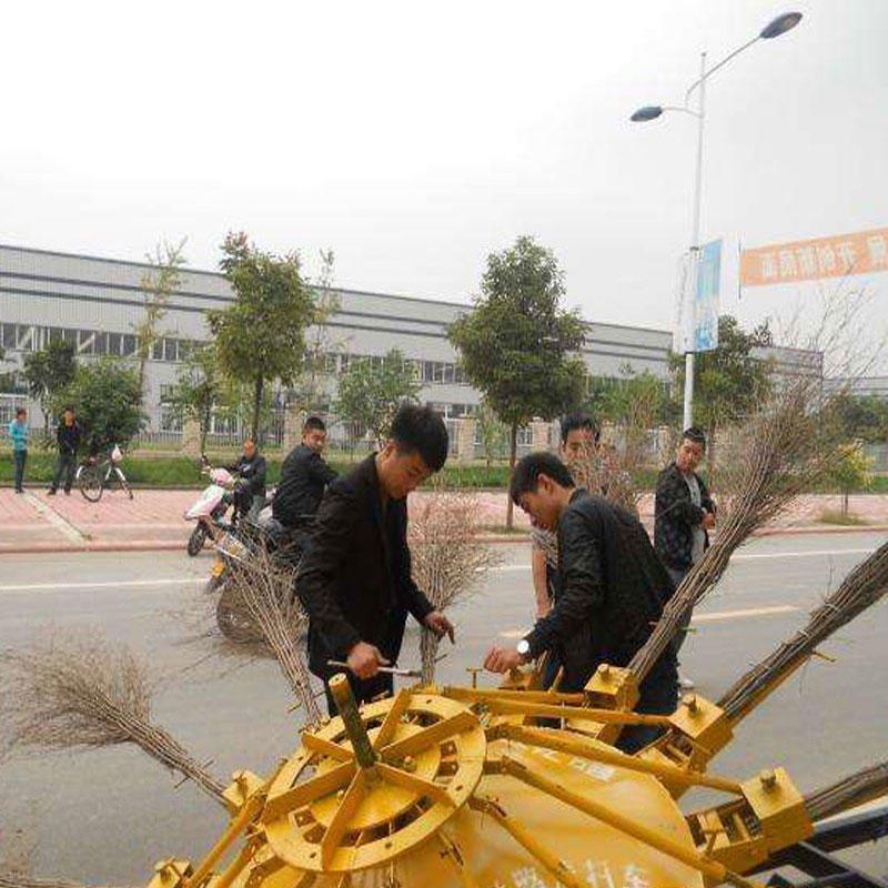 齐齐哈尔?风火轮扫路机 牵引式扫路机 折叠式扫路机 BLSLC-16市政环卫折叠式扫路车 直销16扫把道路清扫车