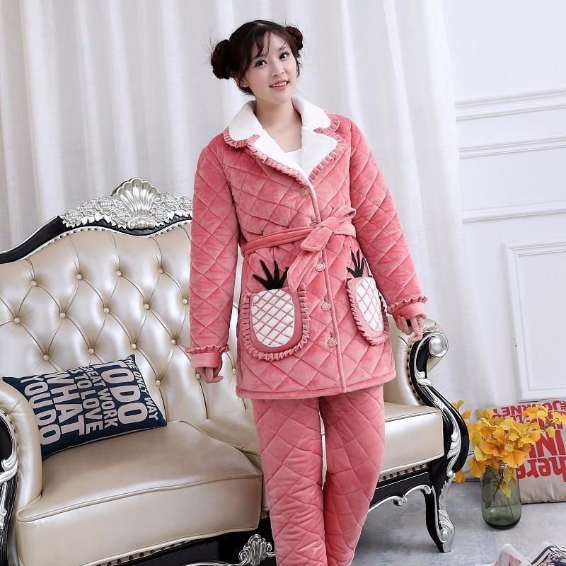 2019冬季新款女式时尚可爱版连帽三层加厚水晶绒家居服睡衣套装