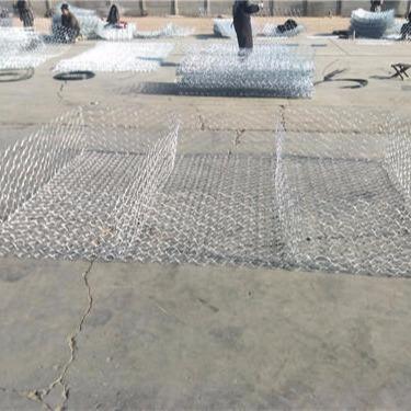 河道护坡雷诺护垫 石笼护垫厂家供应 生态石笼护垫现货 泰同丝网热销雷诺护垫