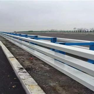 不銹鋼橋梁防撞護欄 橋梁防撞欄桿立柱 橋梁河道護欄 碳鋼噴塑防撞欄桿