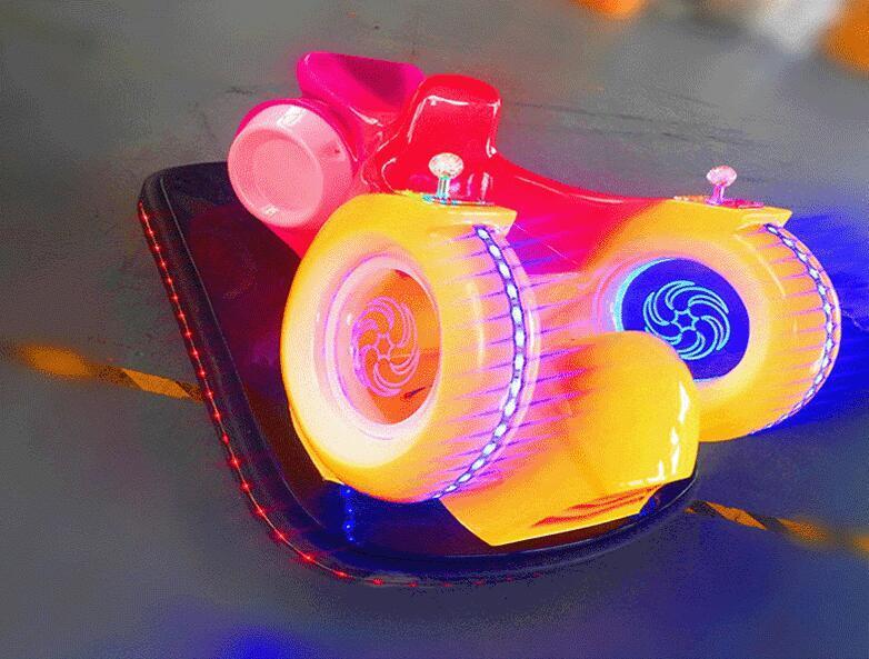 儿童游乐设备广场新款风火轮蜗牛车 现货供应双人风火轮碰碰车示例图6