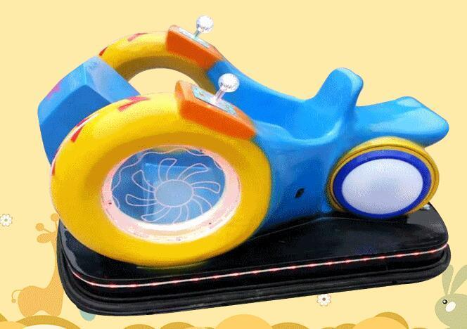 2020新款广场游乐设施儿童风火轮碰碰车 风火轮蜗牛车游乐设备示例图5