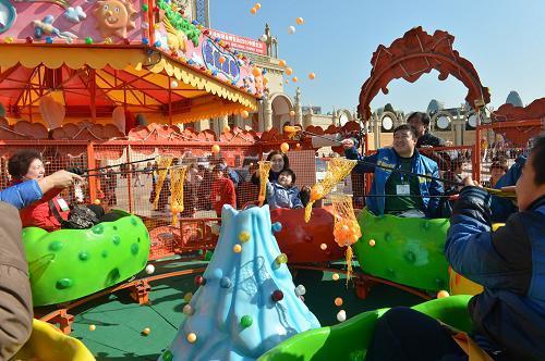 大洋专业定制赚钱好项目儿童欢乐喷球车 户外广场儿童游乐欢乐喷球车示例图3