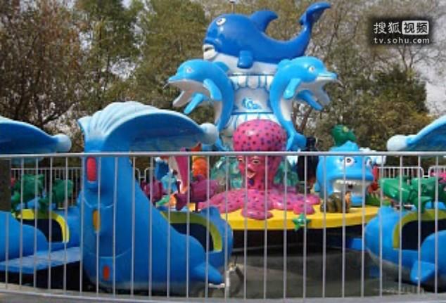 郑州大洋2020重磅推出新款6臂激战鲨鱼岛 亲子互动大型游乐激战鲨鱼岛游乐设备场地游艺设备示例图20