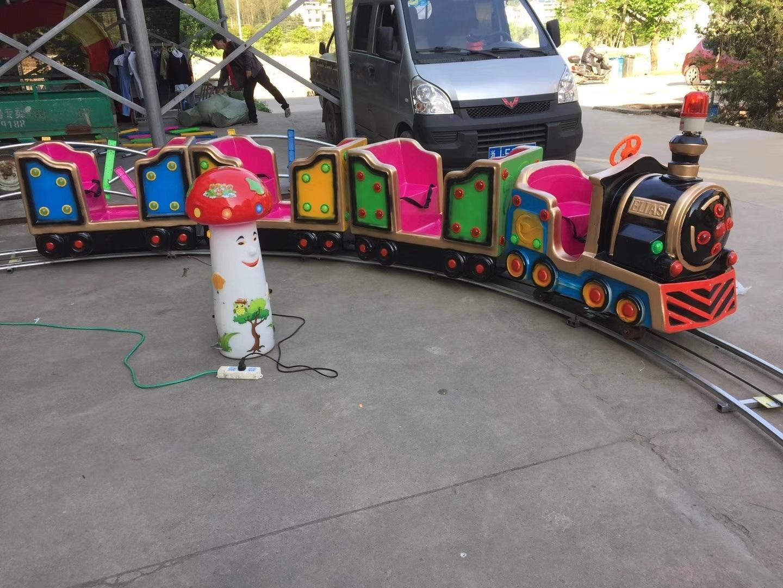 十一现货供应 轨道小火车 精品推荐卡通轨道火车儿童游乐设备示例图11