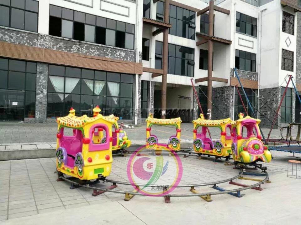 十一现货供应 轨道小火车 精品推荐卡通轨道火车儿童游乐设备示例图15
