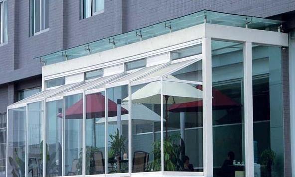 河南恒保商场办公区域防火镶玻璃构件示例图1
